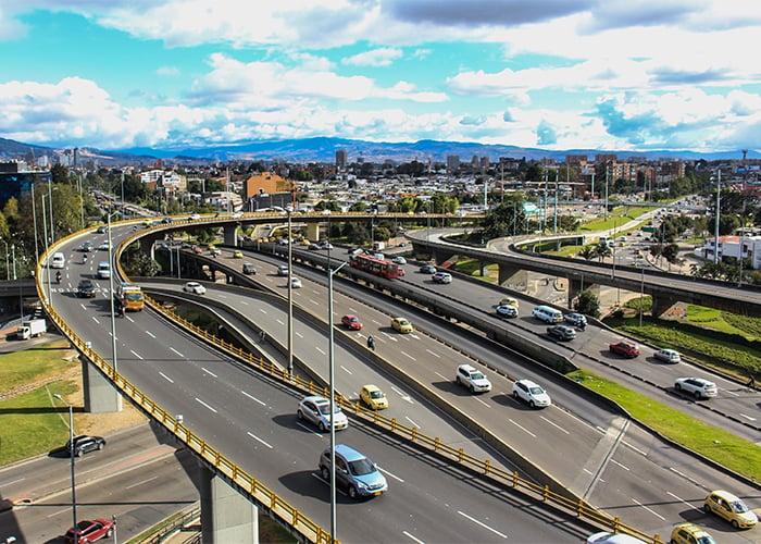 Movilidad y mejoramiento ambiental en Bogotá: más allá de las restricciones