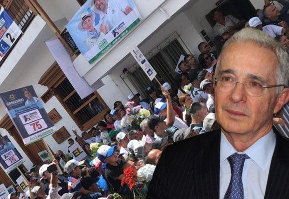 La adoración de los antioqueños por Alvaro Uribe