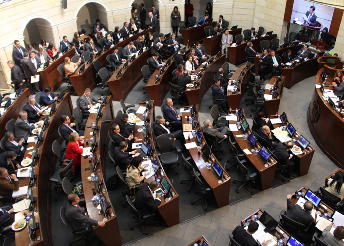 El inútil y costoso Congreso de Colombia