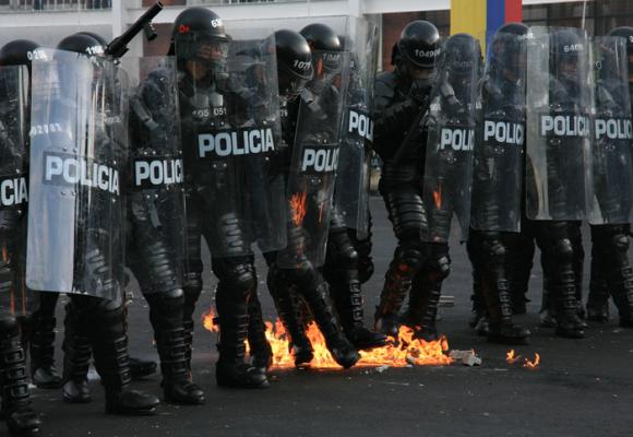 ¡No mas criminalización de la protesta social!