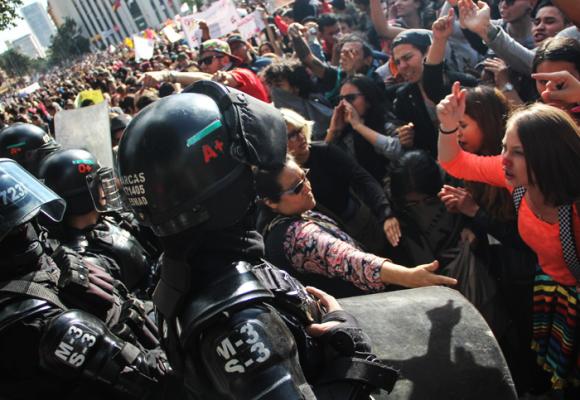 ¿Esmad y Policía, amigos o enemigos del pueblo?
