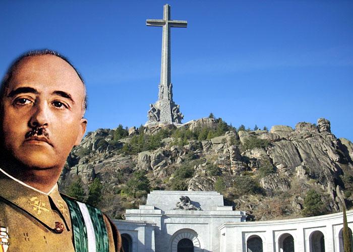 Desentierran los restos del dictador Francisco Franco