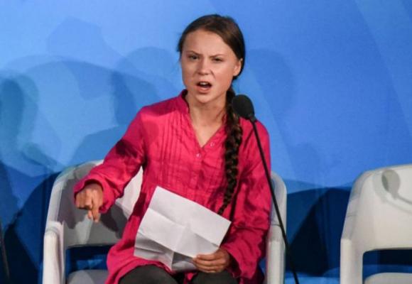 Los insultos de los uribistas a una niña que quiere cambiar el mundo