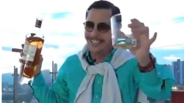 Juanpis González, un gomelo que no le hace daño a Álvaro Uribe