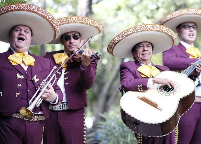 ¿Por qué el distrito excluye la música mariachi?