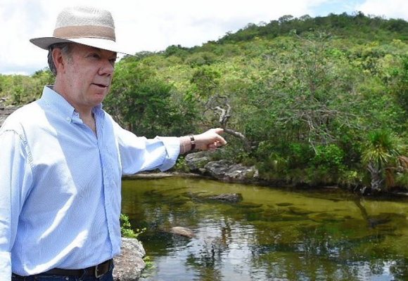 Si Santos ahora es un líder social, ¿lo matarán también?