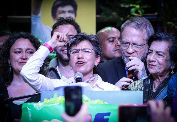 El peso de ser elegida como la primera alcaldesa de Bogotá