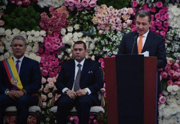 Las embarradas de Ernesto Macías como presidente del Senado