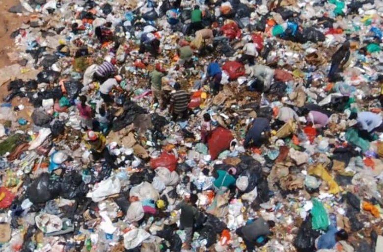 Video: Las escalofriantes imágenes de los niños del Vichada comiendo basura