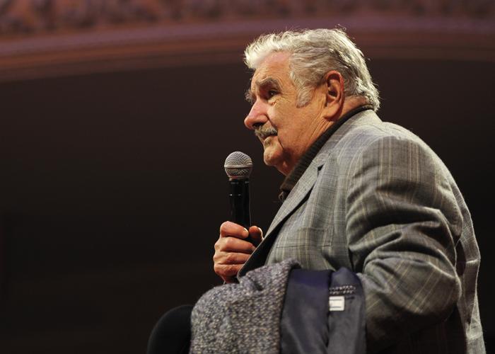 """""""Voy a ir al parlamento a pelear"""": Pepe Mujica"""