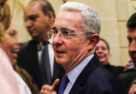 El mejor castigo para Uribe es condenarlo al olvido y al ostracismo