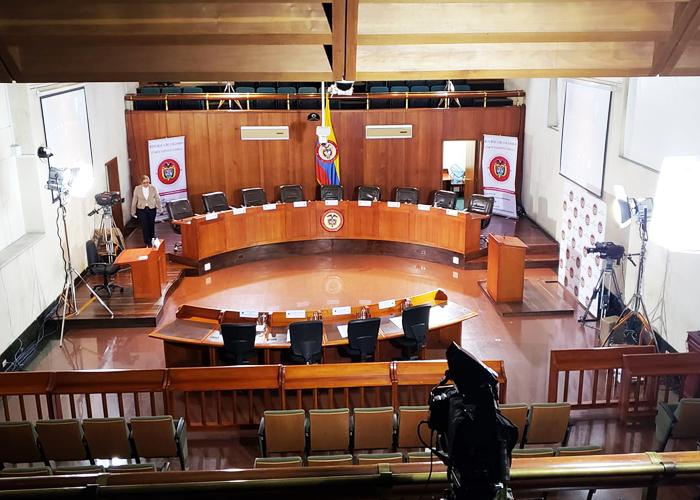 ¿Quién ejerce la verdadera democracia en Colombia? - Las2orillas