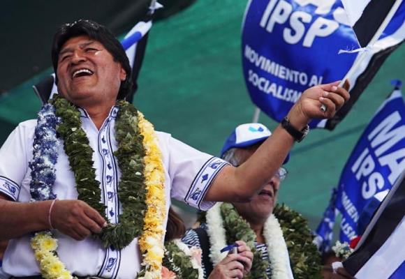 Evo Morales repite cuarto período en Bolivia en medio de sospechas sobre el resultado electoral