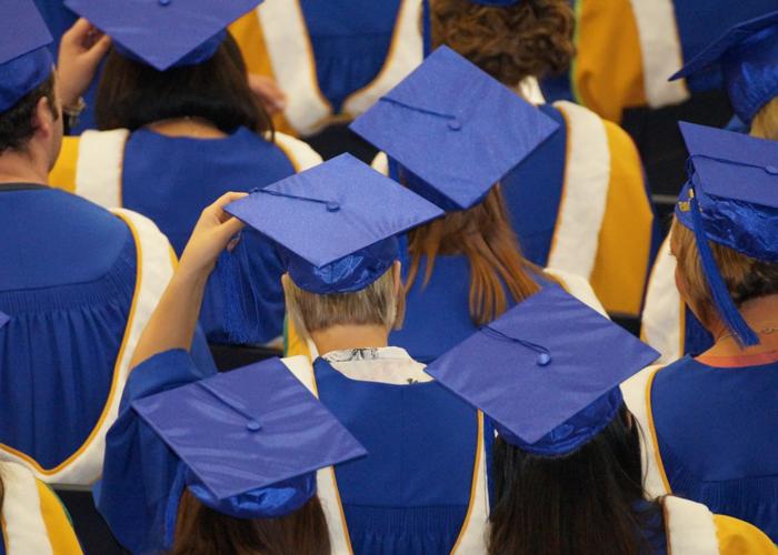 ¿Qué futuro tiene un universitario recién graduado en Colombia?
