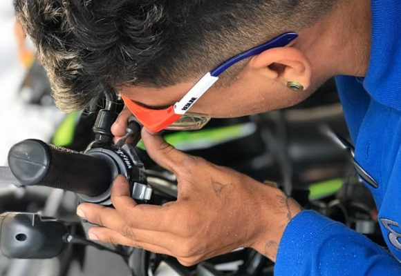 Campaña de marcación gratuita de motos en Medellín