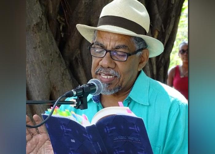 Un merecido reconocimiento al poeta Rómulo Bustos Aguirre