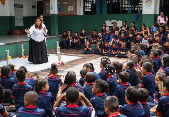 Hacer teatro en Colombia es para quijotes y faquires