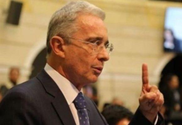 Indagatoria al Presidente Uribe