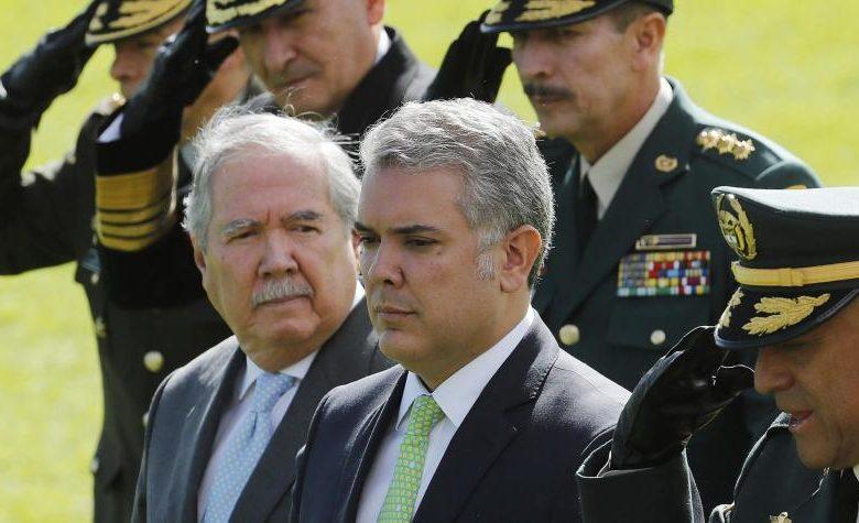 Los terribles insultos a  Iván Duque por lamentar la renuncia del exministro Guillermo Botero