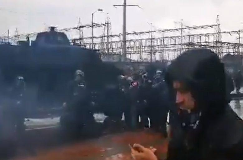 Esmad no respetó ni a los periodistas en la marcha. Video