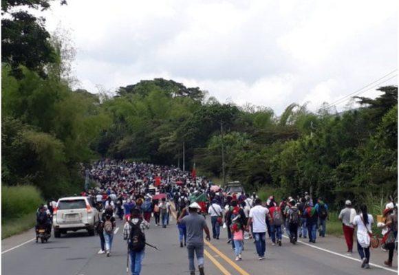 Los indígenas vuelven a la vía Panamericana