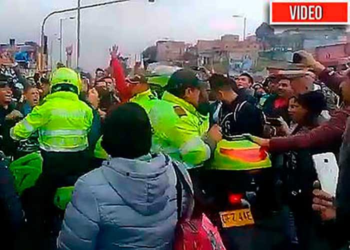 La terrible violencia del Esmad y militares patrullando: segundo día de paro