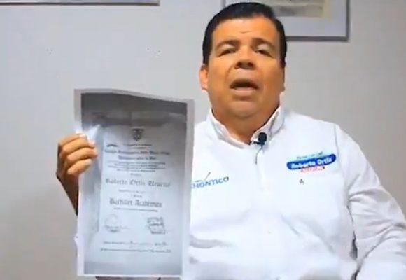 El falso diploma de bachiller del Chontico Ortiz