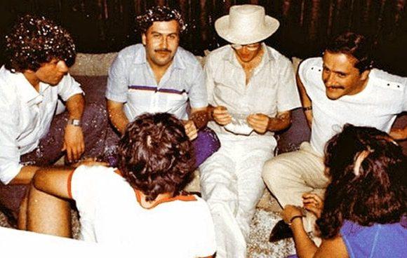 La colección de vibradores de Pablo Escobar