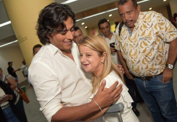 Soplan vientos de paz entre Elsa Noguera y su opositor Nicolás Petro
