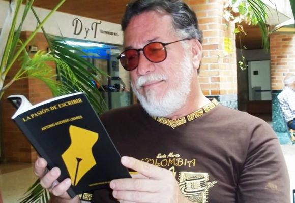 Antonio Acevedo Linares o la pasión de escribir