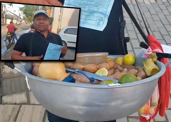 Policía multa a vendedor de butifarras por usar un cuchillo en su trabajo