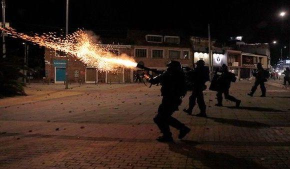 La noche en la que Esmad convirtió el norte de Bogotá en un infierno. VIDEO