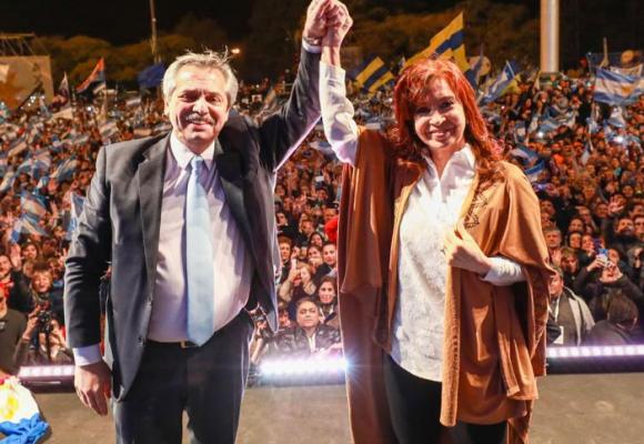 Argentina: un gobierno que se va y otro que vuelve