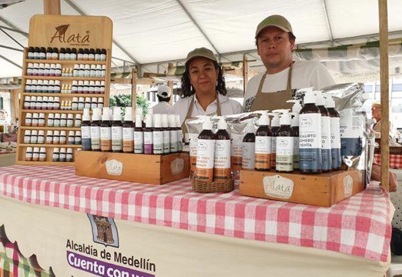 Aromas para el bienestar en Mercados Campesinos