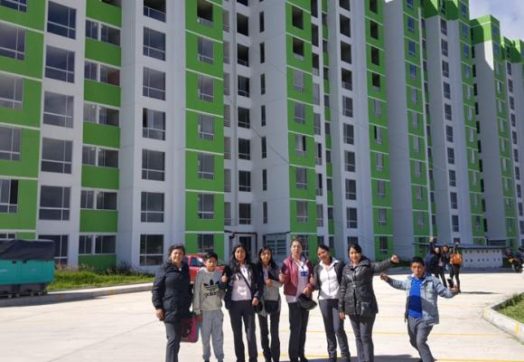 El programa que entregó más de 2.500 viviendas a mujeres cabeza de hogar