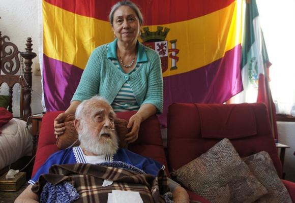 """Elecciones en España: """"El único voto útil es el de la III República"""""""