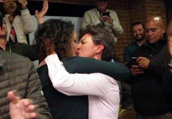 Detalles de la boda de Claudia López y Angélica Lozano este lunes