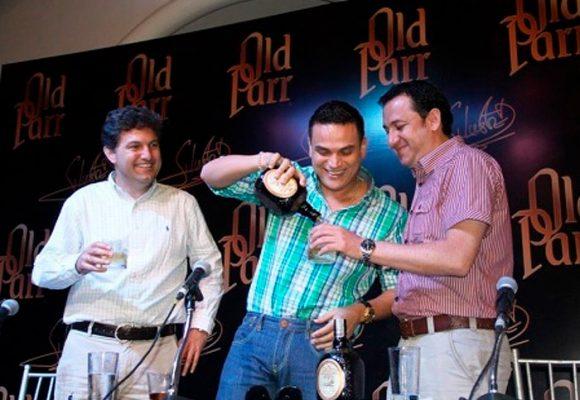 DIAGEO los dueños del whisky que se bebe en Colombia