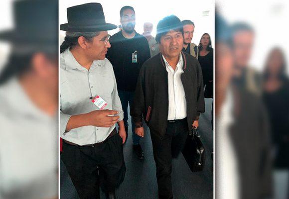 Evo Morales salió a las carreras de México rumbo a la Argentina