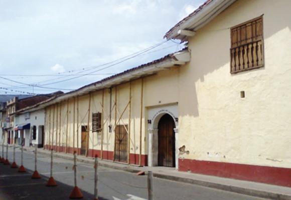 En peligro una de las casonas más antiguas de Colombia