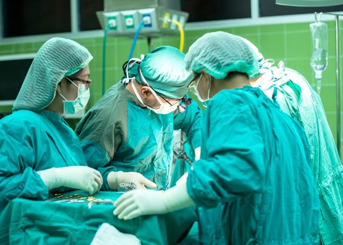 Anestesiólogos de diferentes regiones llevan más de un año sin recibir sus salarios