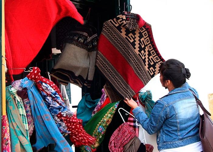 El indígena ecuatoriano que puso en jaque las artesanías de Boyacá