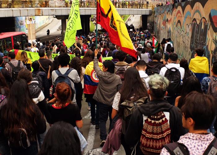 ¿Qué es el precariado?, ¿por qué está protestando?