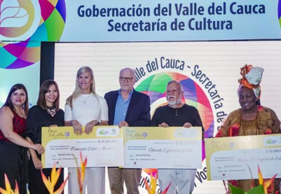 Los tres maestros vallecaucanos a los que la gobernación galardonó con el Premio Vida y Obra