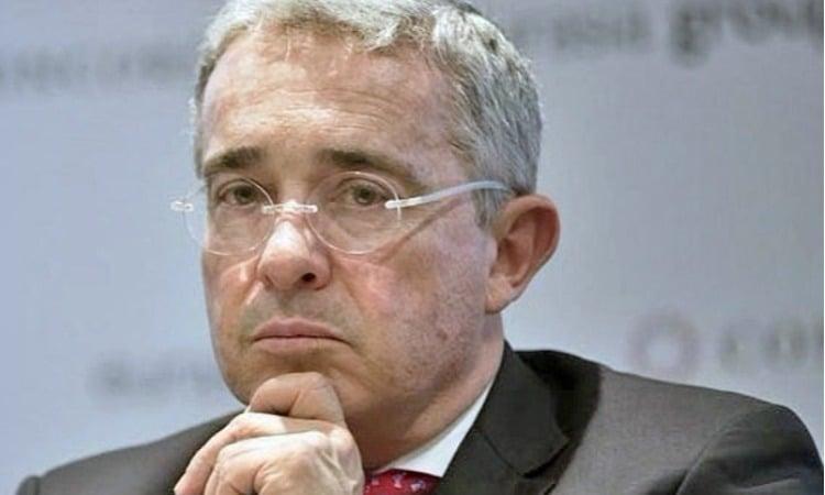 La maldición de Uribe
