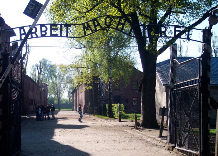Sobreviviente del exterminio judío en Auschwitz recuerda el horror nazi
