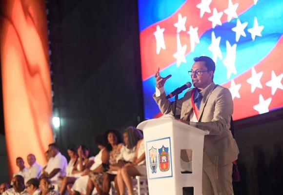 Carlos Caicedo, con aura de presidente