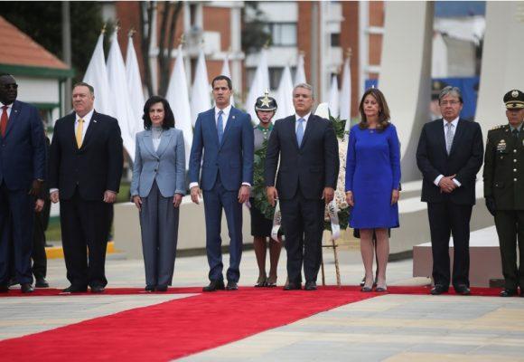 Pompeo será testigo de ejercicio de militares colombianos y gringos