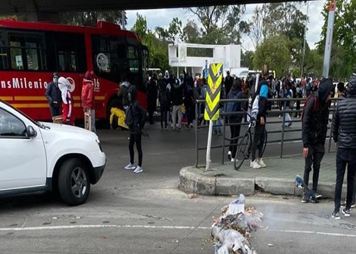 Nuevas protestas le miden el aceite a Claudia y a Bogotá sin ESMAD. Video