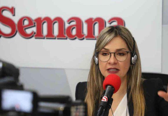 Vicky Dávila, la nueva víctima del odio uribista en redes